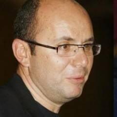 Gusa: Basescu e un Adi Mutu al politicii, Antonescu - o babuta oparita