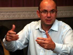 Gusa: Emil Boc habar nu are de economie