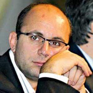 """Gusa are """"un feeling"""" ca Basescu o sa desfiinteze DNA"""