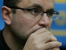 "Gusa il sprijina pe Blaga pentru ca il sperie ""hotii"" din spatele lui Oprescu"