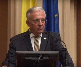 Guvernatorul BNR, ingrijorat de evolutia pretului la energie