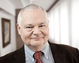 Guvernatorul Bancii Nationale a Poloniei: Mai bine o crestere economica stabila de 3% decat una ca a Romaniei