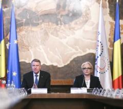 Guvernul, blocat de jocuri politice? Iohannis va fi obligat de CCR sa numeasca interimarii, iar in Parlament se ajunge mult mai tarziu