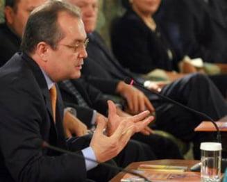 Guvernul Boc depinde de 24 de voturi