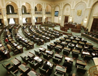 "Guvernul Boc isi asuma ""Legile austeritatii"" - Opozitia mai are nevoie de 19 voturi"