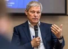 """Guvernul Cioloș, mort încă din fașă. Cum arată """"aventura"""" USR din Parlament"""