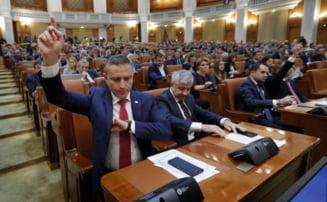 Guvernul Dancila a fost demis! Motiunea de cenzura a trecut de Parlament