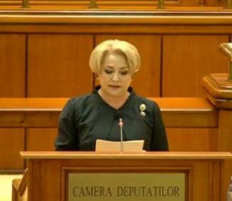 Guvernul Dancila a trecut lejer de Parlament. Noul Cabinet depune juramantul in aceasta seara, la Cotroceni (Video)