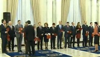 Guvernul Ponta 3 a depus juramantul. Basescu: Tineretea aduce mai multa fantezie la guvernare