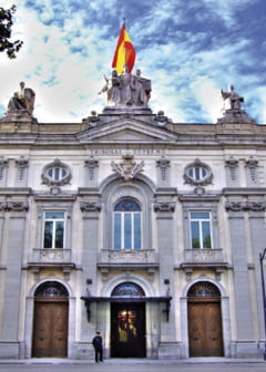 Guvernul Spaniei este obligat de Curtea Suprema sa primeasca in continuare imigranti