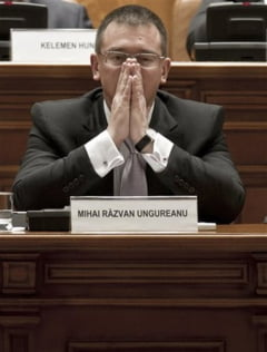 Guvernul Ungureanu a picat - Victor Ponta, premierul desemnat de Basescu