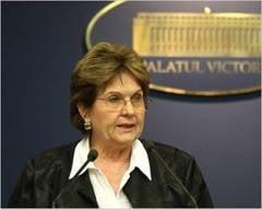 Guvernul a aprobat pensionarea femeilor la 65 de ani! Campeanu: Dati-mi voie sa fiu putin malitioasa