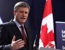 Guvernul canadian a picat in urma unei motiuni de cenzura