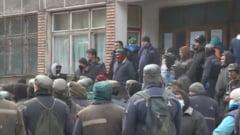 Guvernul emite o ordonanta de urgenta pentru a putea plati salariile minerilor din Valea Jiului in urmatoarele trei luni