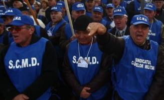 Guvernul schimba Legea de recalculare a pensiilor militare - vezi noile prevederi
