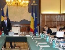 Guvernul tot amana adoptarea unor reguli favorabile consumatorilor. Romania, expusa la sanctiuni uriase