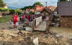 Guvernul va aloca 5 milioane de lei - despagubiri pentru populatia afectata de inundatii. Ajutoarele, acordate fara ancheta sociala si fara cerere