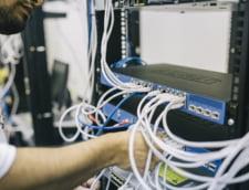 Guvernul vrea sa-i scuteasca de amenzi uriase pe operatorii telecom care si-au construit retelele ilegal. Valcov acuzase RCS&RDS de astfel de practici