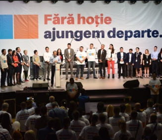 Guy Verhofstadt participa la mitingul organizat vineri in Bucuresti de Alianta 2020 USR PLUS