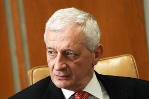 Gyorgy Frunda: Emil Boc este un premier rigid