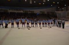 HOCHEI: Campionii Romaniei isi prezinta astazi trofeul!
