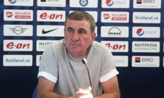 """Hagi """"il ajuta"""" pe prietenul Dan Petrescu in lupta pentru titlu cu FCSB: Mutarea surprinzatoare pregatita de clujeni"""