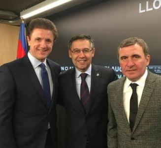 Hagi si Gica Popescu, invitati de onoare la meciul Barcelonei din Champions League