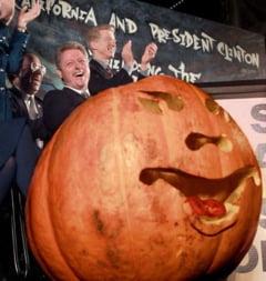 Halloween la Casa Alba: imagini inedite cu presedinti mascati si cu JFK inainte de asasinat