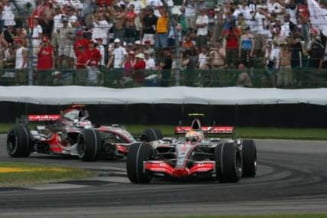 Hamilton va pleca din pole position in Australia