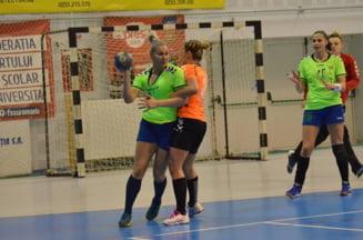 Handbal feminin Divizia A CSU RESITA - CSM SLATINA 17-28 (8-16) -Lectie spectacol pe Birzava -