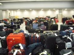 Haos pe Otopeni: Decolari intarziate, bagaje transportate manual, pasageri infuriati (Video) - Update