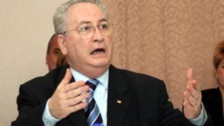 Hasotti: Discutiile USL-PDL sunt la fel de inutile ca pactul de coabitare!