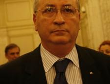 Hasotti: Geoana este prizonierul baronilor locali