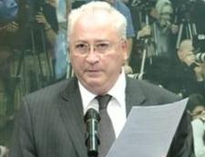 Hasotti: O comisie formata din experti sa-si dea cu parerea daca am plagiat sau nu