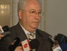 Hasotti: Sunt discutii si cu alti colegi senatori sa vina in barca Opozitiei