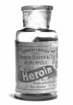 Heroina - gloria si decaderea panaceului ucigas
