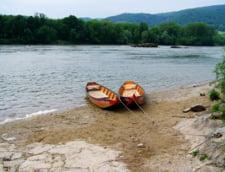 Hidrologii avertizeaza: Debitul Dunarii e in crestere