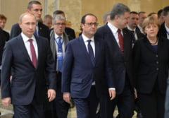 Hollande: Orele urmatoare sunt cruciale pentru Ucraina