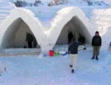 Hotelul de gheata de la Balea, deschis, dar nu si terminat
