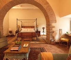 Hoteluri intime din locatii de vis, pentru vacanta din 2013 - afla si preturile (Galerie foto)