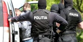 Hoti de motorina prinsi de Politia Mures