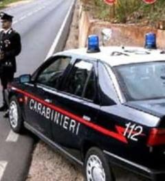 Hoti romani prinsi dupa ce au jefuit casa unui ministru italian