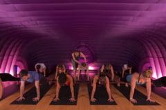 Hotpod: Un altfel de yoga, la 37 de grade