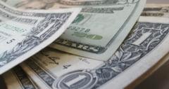 INS: Economia Romaniei a scazut in trimestrul 2 cu 12,3%, fata de trimestrul 1, la 238,5 miliarde lei
