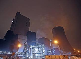 INS: Productia industriala a scazut in primele noua luni ca serie bruta cu 12,1%