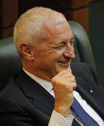 IPP: Sub conducerea lui G.Frunda, senatorii au desfiintat din nou Legea ANI