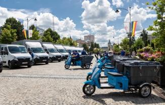 Iasi: Gunoiul din cosurile stradale va fi strans cu mopede electrice (Foto&Video)