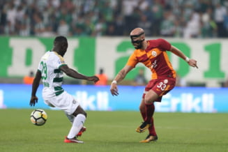 Iasmin Latovlevici, clipe de cosmar la Galatasaray. A fost huiduit si fluierat de proprii fani (Video)