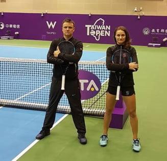 Iata ce spune Monica Niculescu dupa victoria cu Sharapova de la Doha: Cum a impresionat-o rusoaica