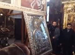 Icoana Maicii Domnului Iordanita e la Bucuresti. Restrictii de trafic pentru doua procesiuni religioase